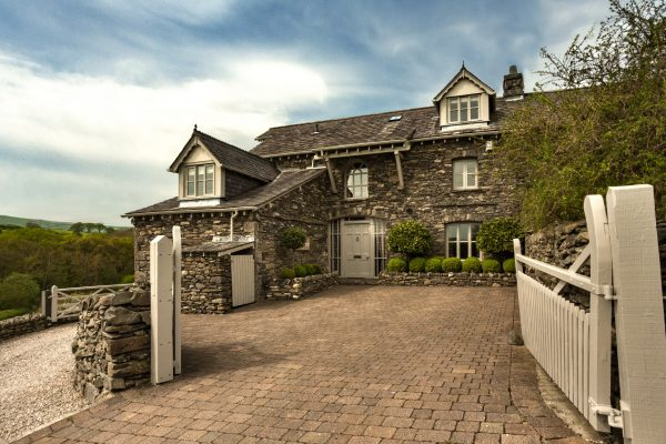 Holiday Cottages 1